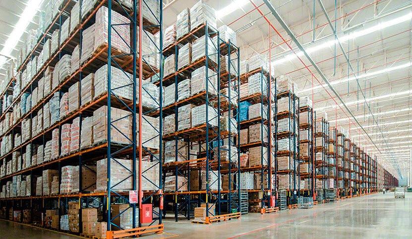 Capacidad de almacenaje y agilidad en el nuevo almacén de Armazém Mateus